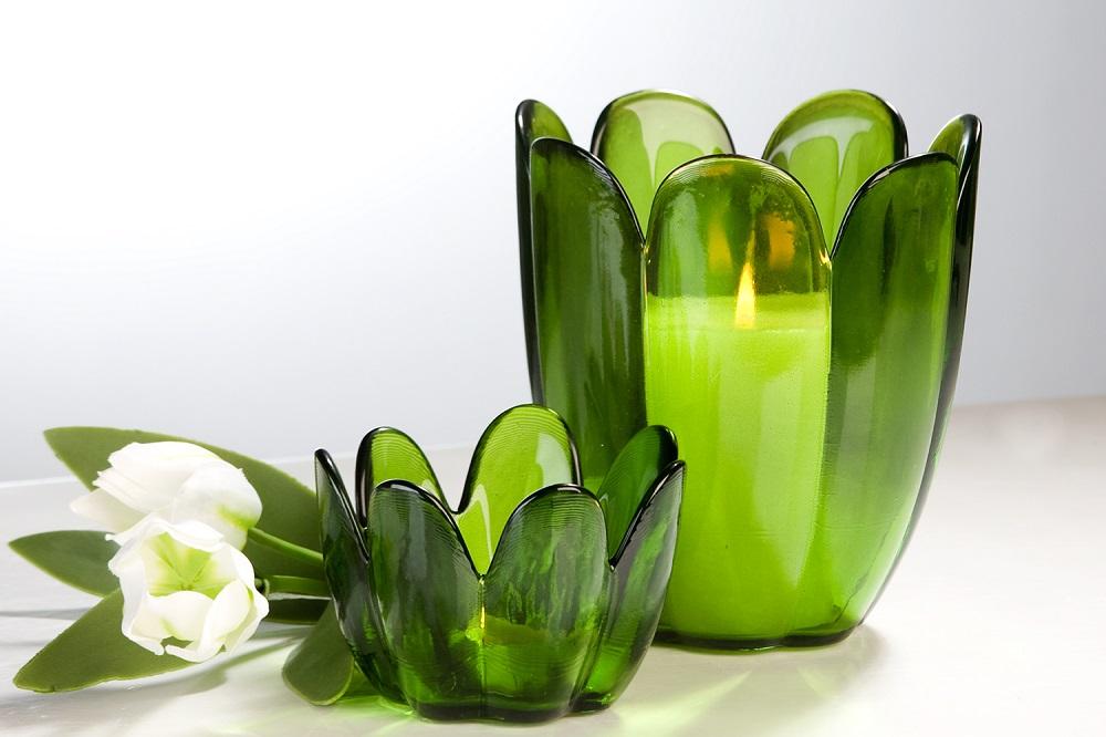 Čajový svícen z recyklovaného skla Tulpe, 15 cm