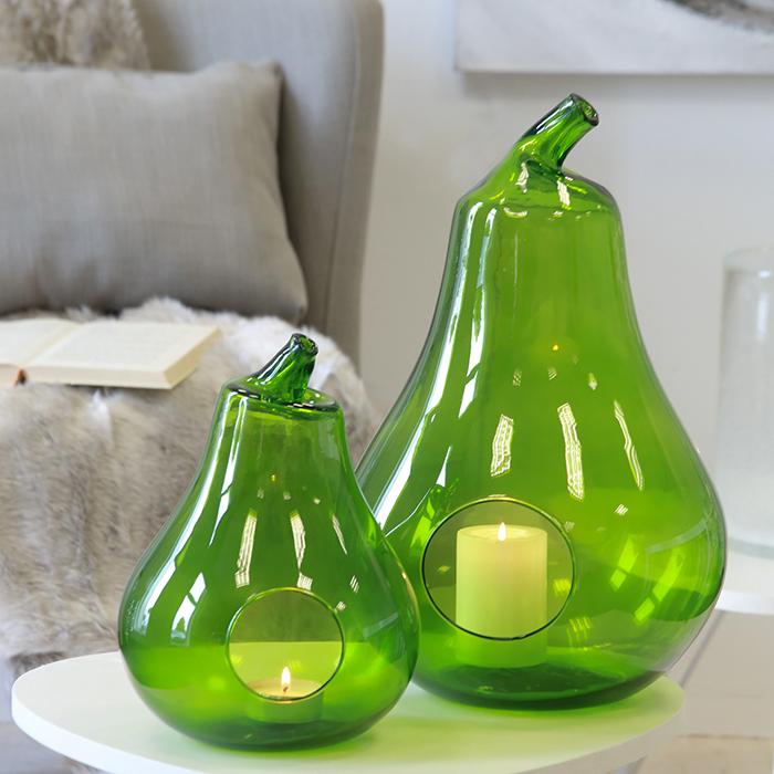 Čajový svícen ze zeleného skla Hruška, 32 cm