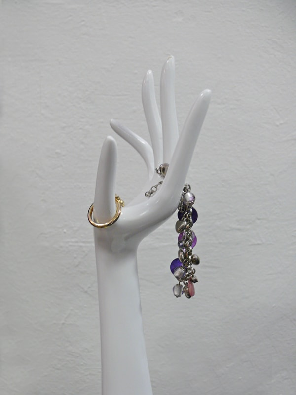 Dekorace / stojan na šperky Hands, sada 2 ks, bílá