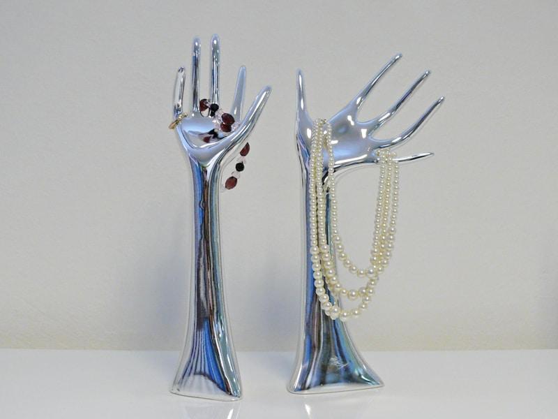 Dekorace / stojan na šperky Hands, sada 2 ks, stříbrná