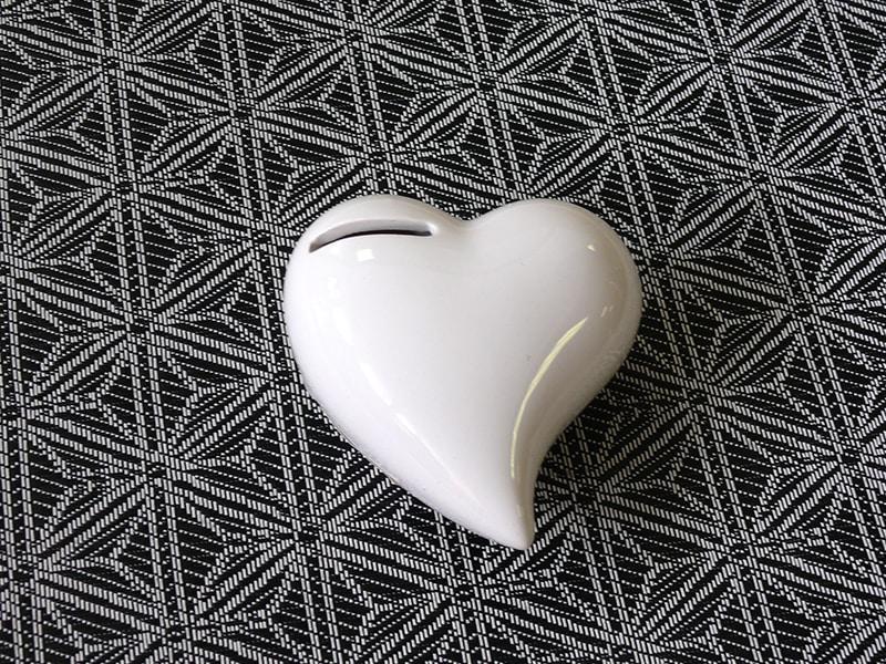 Kasička keramická Srdce, 12 cm, bílá
