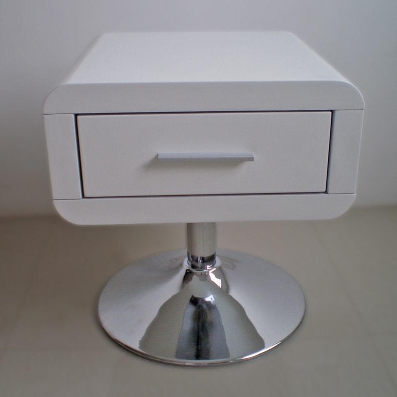 Noční stolek se zásuvkou Loof
