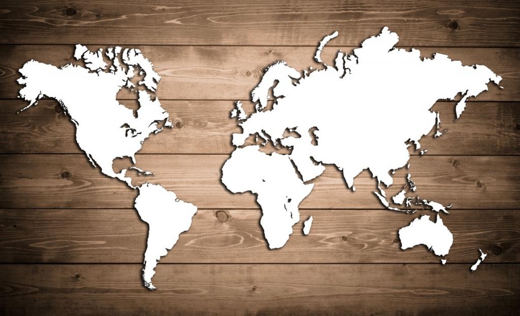 Obraz Mapa světa na dřevu, 90x60 cm