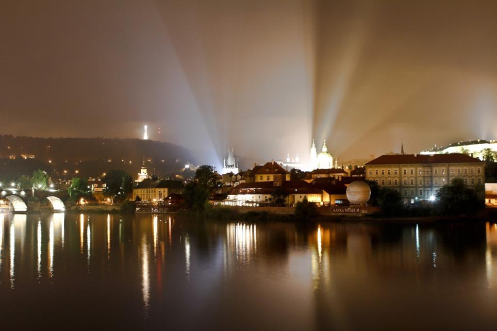 Obraz Noční Praha, 150x100 cm