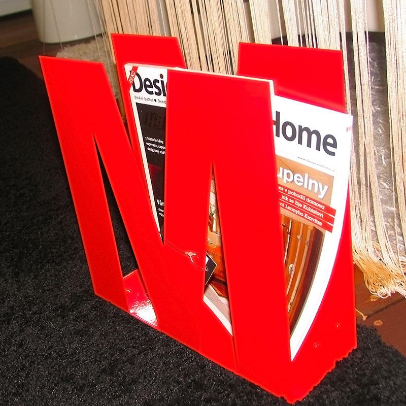 Stojan na noviny / časopisy kovový, červená