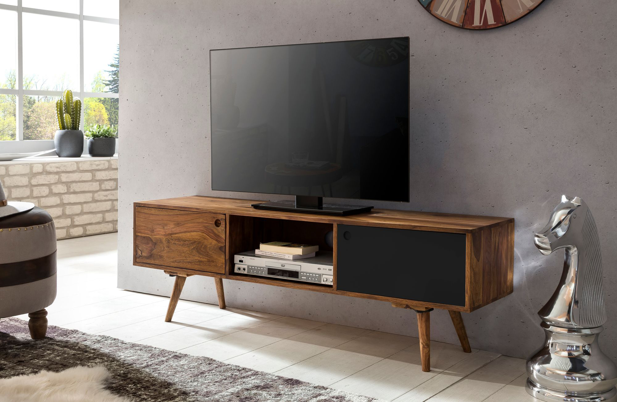 TV stolek s 2 dveřmi Repa, 140 cm, masiv Sheesham, černá