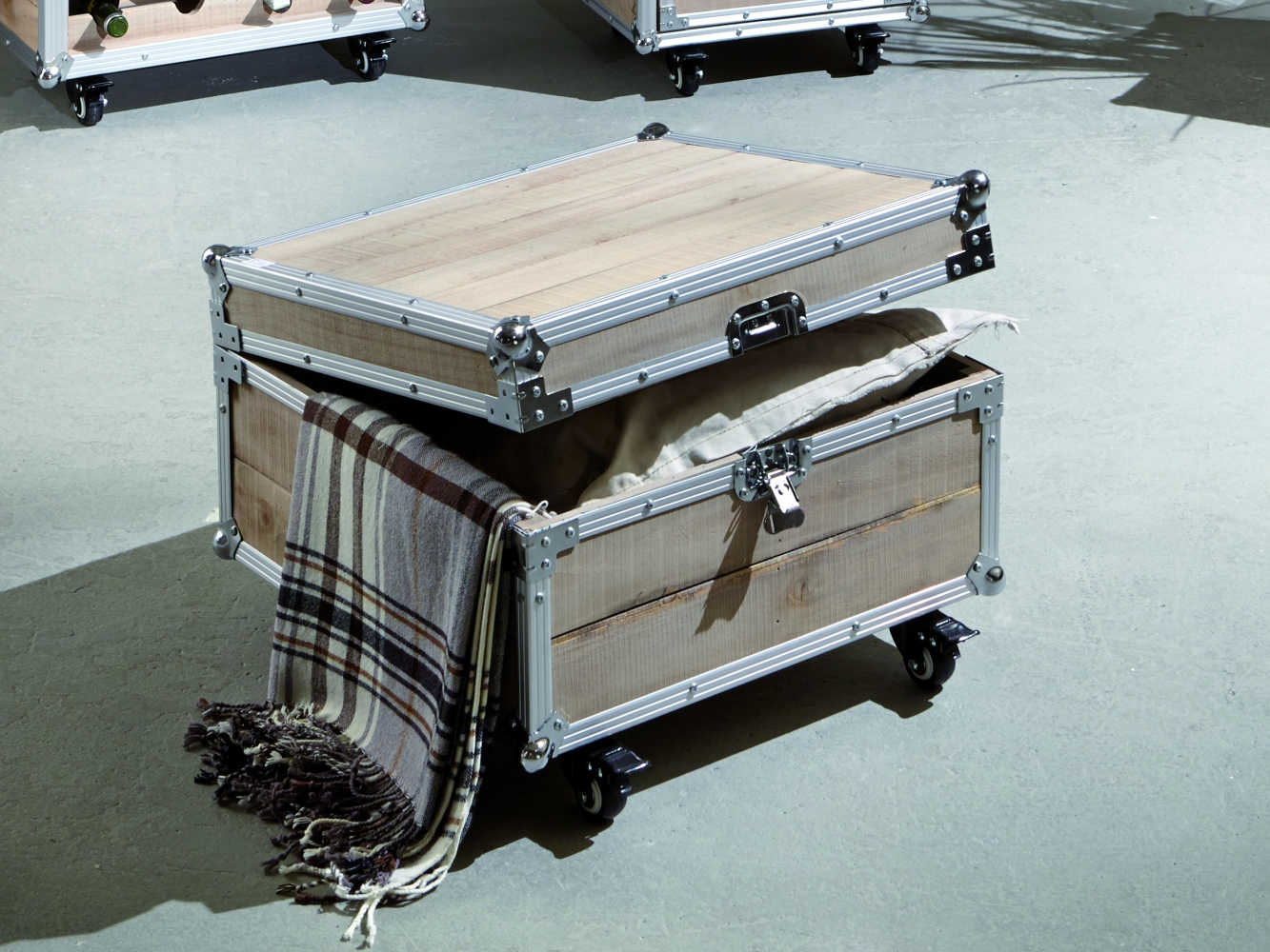 Úložný stolek Gerda, 52 cm, borovice