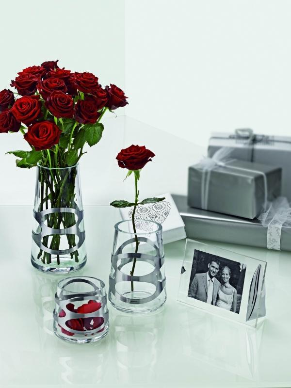 Váza Embrace mini, 10 cm černá