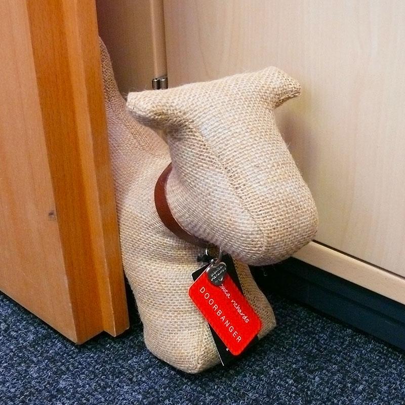 Zarážka do dveří Psík jutový, 28 cm